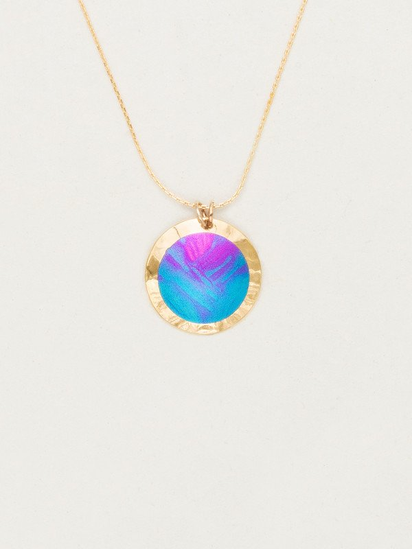 Holly Yashi Thelma style necklace in Calypso color