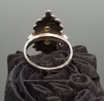 back of peridot ring