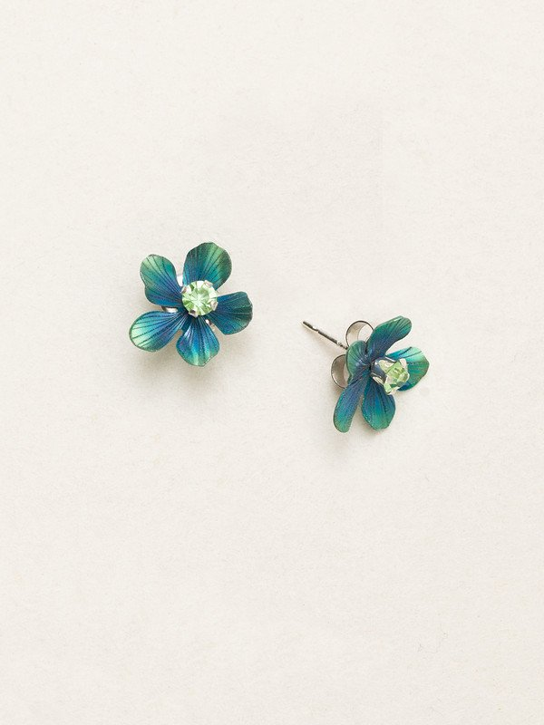 Holly Yashi turquoise color flower stud earrings with crystal center