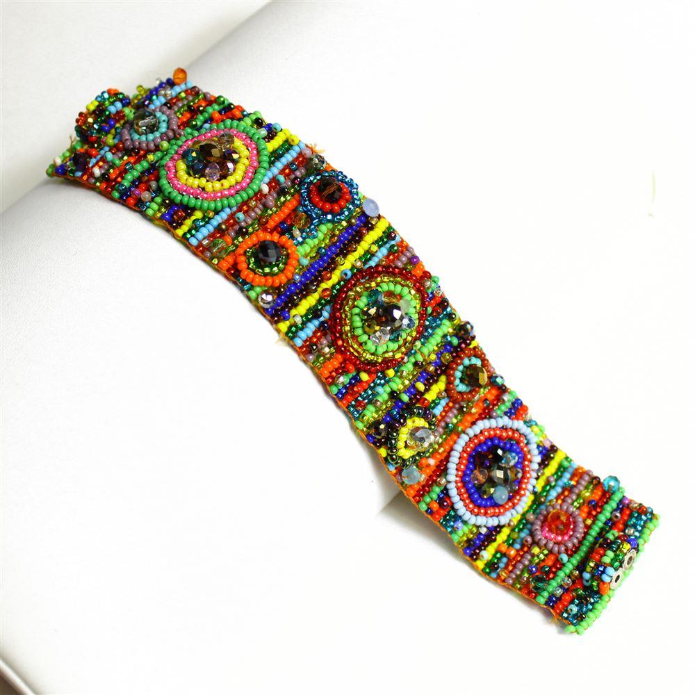 Multi-color seed bead bracelet