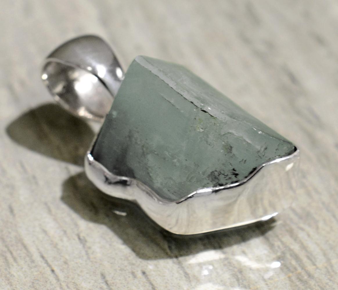 handmade aquamarine geometric pendant