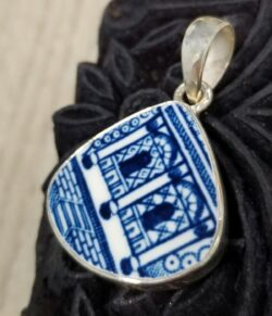 blue and white ceramic archways pendant