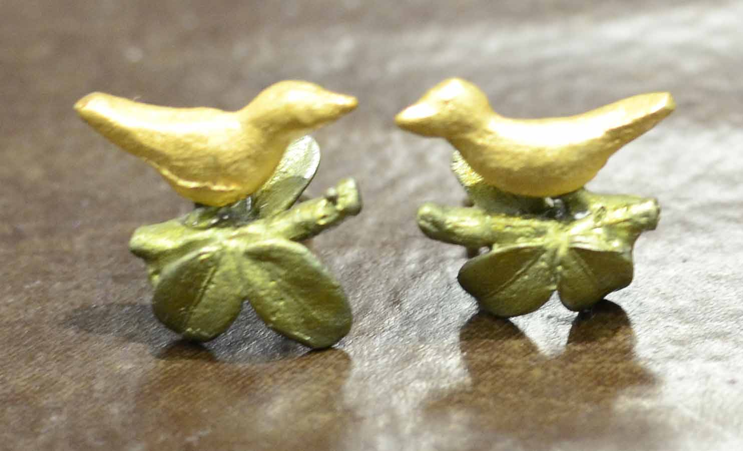 Michael Michaud Silver Seasons Birds in Boxwood stud earrings