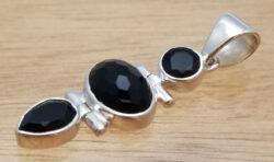black onyx and sterling silver three stone pendant