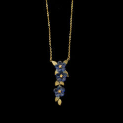 blue violet three flower necklace