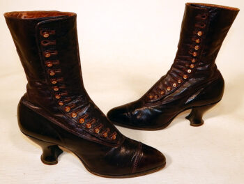 example of Victorian era boots with buttons