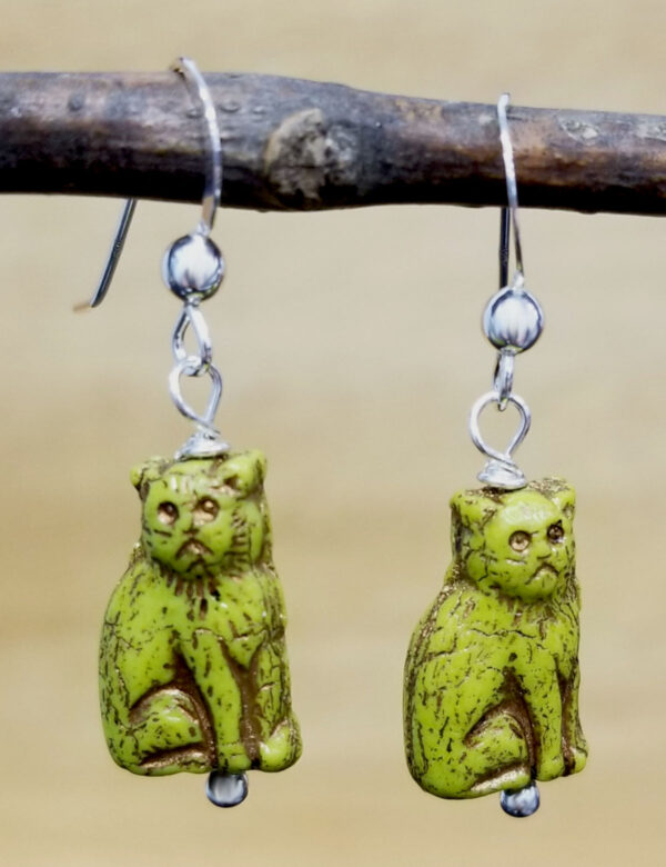 bright green Czech glass sitting cat earrings