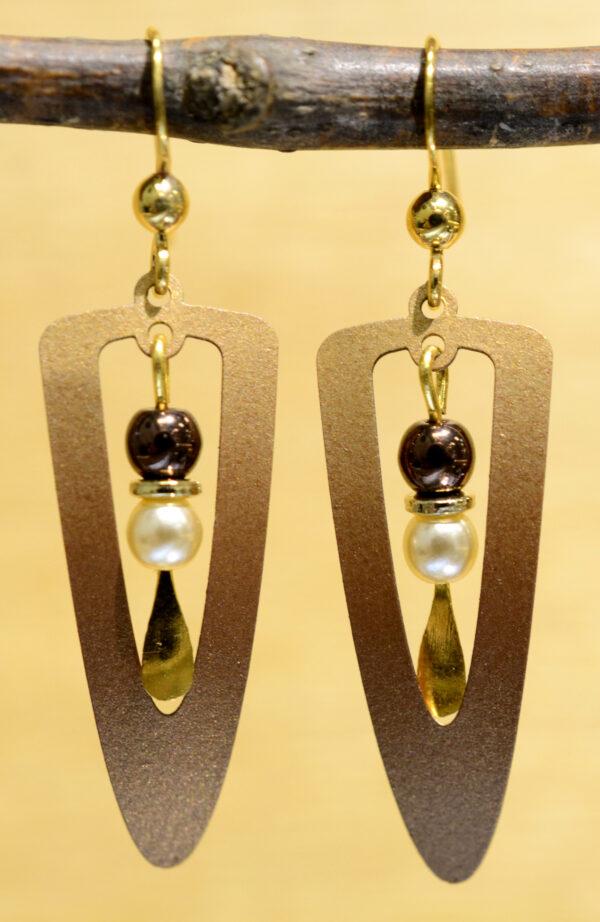 Adajio earrings brown triangle with beads