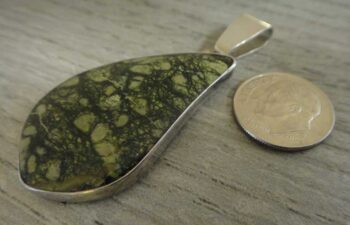bullfrog serpentine pendant with dime for size