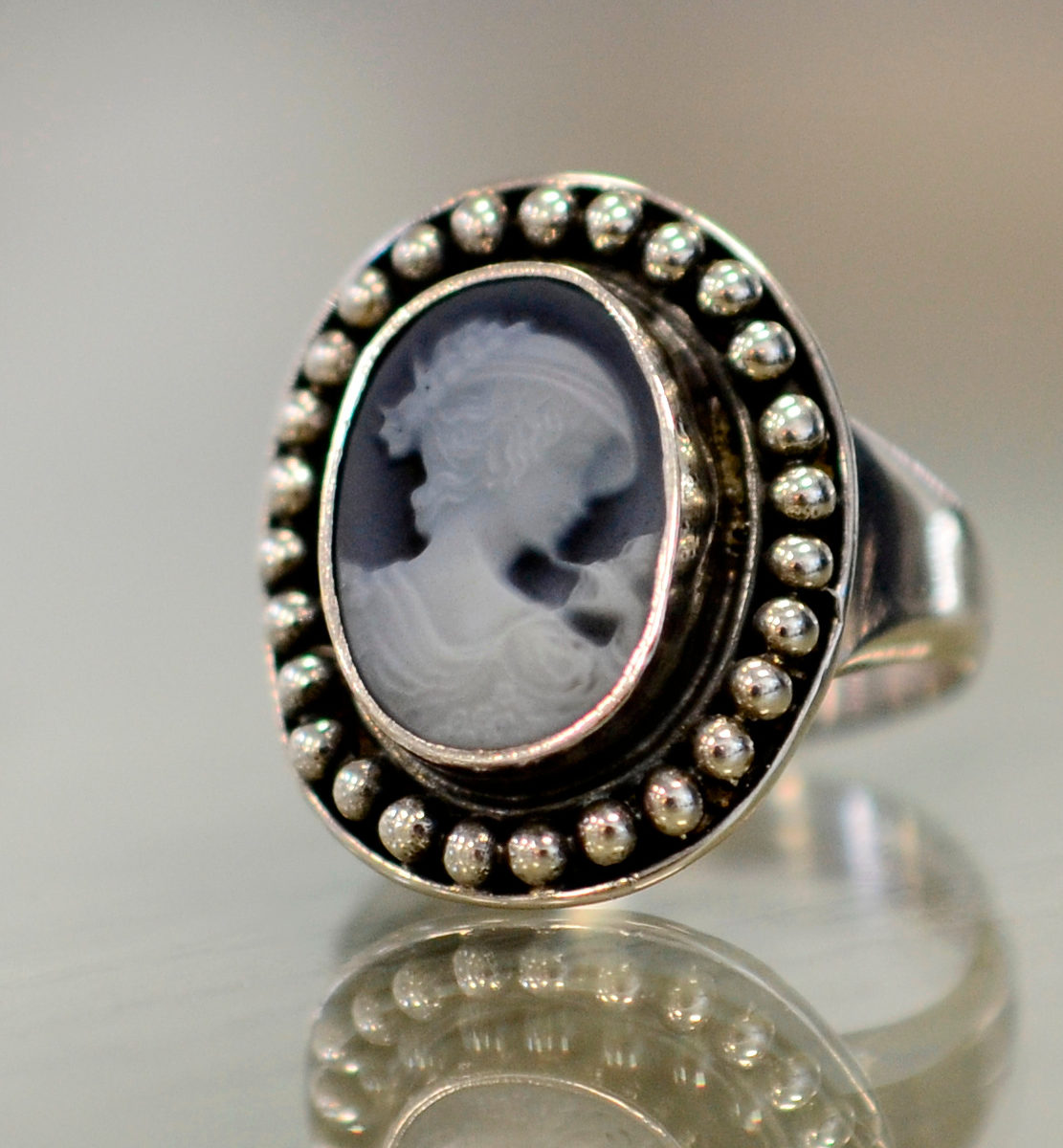 carved agate cameo and sterling silver ring