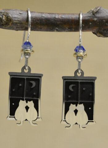 silvertone cats sitting in window dangle earrings