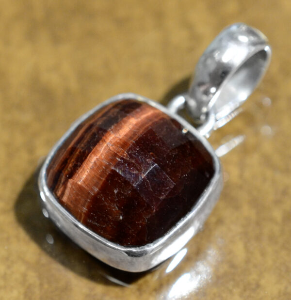 handmade red tiger's eye pendant