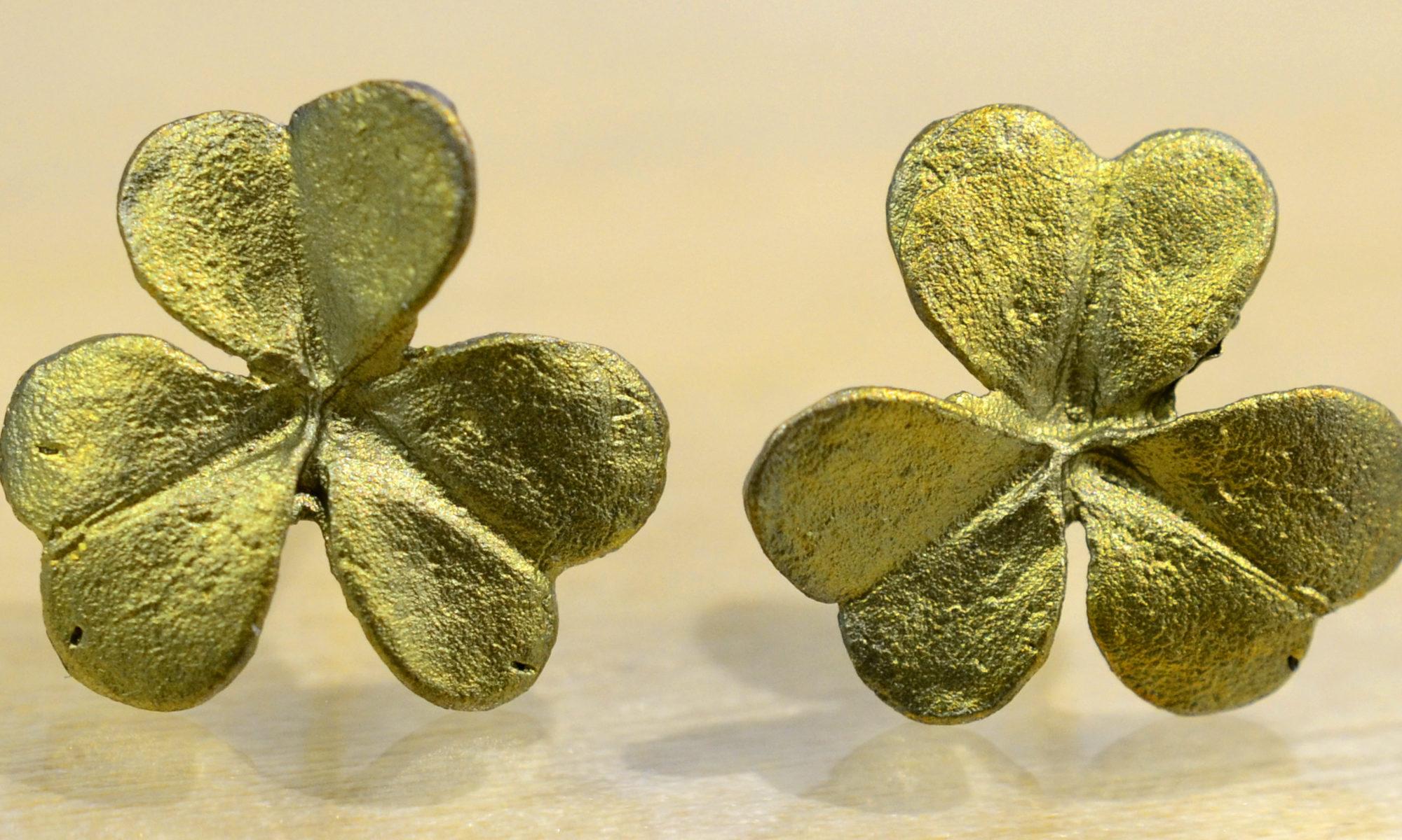 Michael Michaud handmade green Clover bronze stud earrings