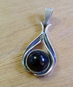 dark brown amber drop pendant