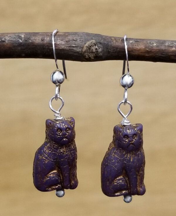 dark purple cat earrings