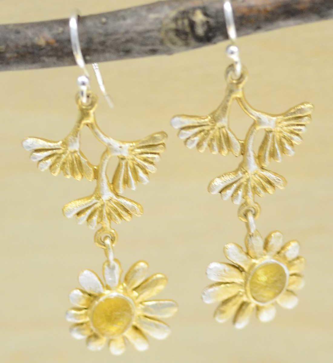 Michael Michaud Deco Daisy dangle earrings