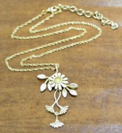 Michael Michaud Deco Daisy handmade necklace