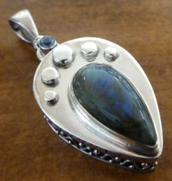 labradorite and blue topaz sterling silver pendant