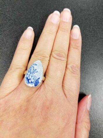 ceramic drop ring on hand