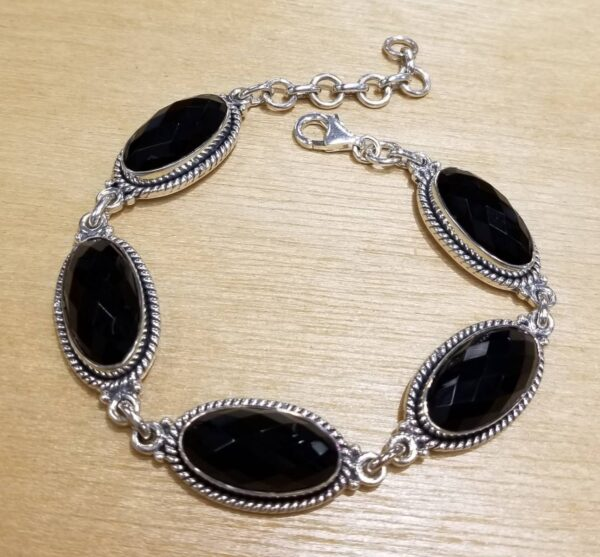 faceted black onyx oval bracelet