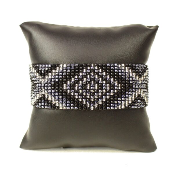 geometric handmade black, white, and gray seed bead bracelet