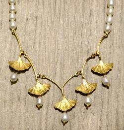 Michael Michaud gold vermeil ginkgo leaf necklace with freshwater pearls