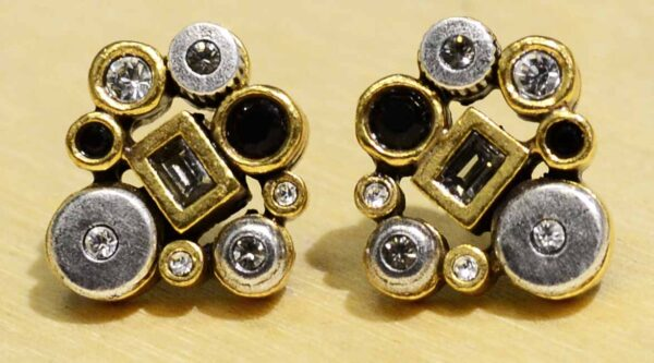 These stud earrings are handmade by Patricia Locke Jewelry. Patricia Locke names each style and this earring style is named Hope. These earrings feature Patricia Locke's color palette called Black and White.
