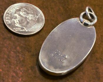 Back of Dale Repp Lace Agate pendant