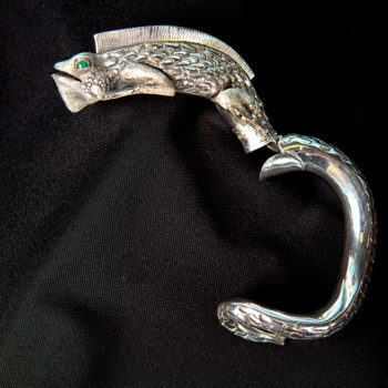 Handmade detailed sterling silver iguana cuff statement bracelet opened