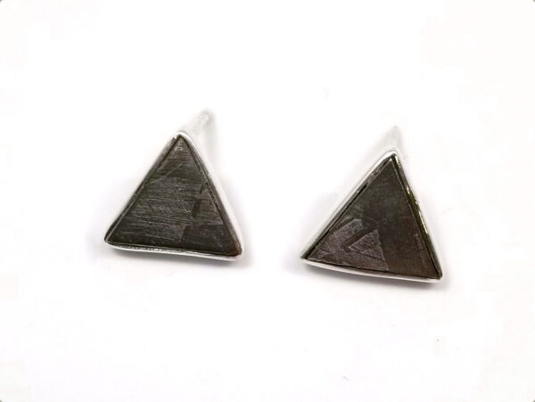Muonionalusta meteorite slice and sterling silver triangle stud earrings