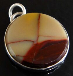 Mooka Jasper (mookaite) and sterling silver pendant by Dale Repp