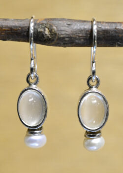 Sierra Designs white moonstone and freshwater pearl oval earrings