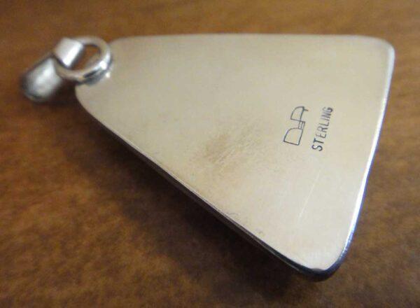 back of moss agate pendant