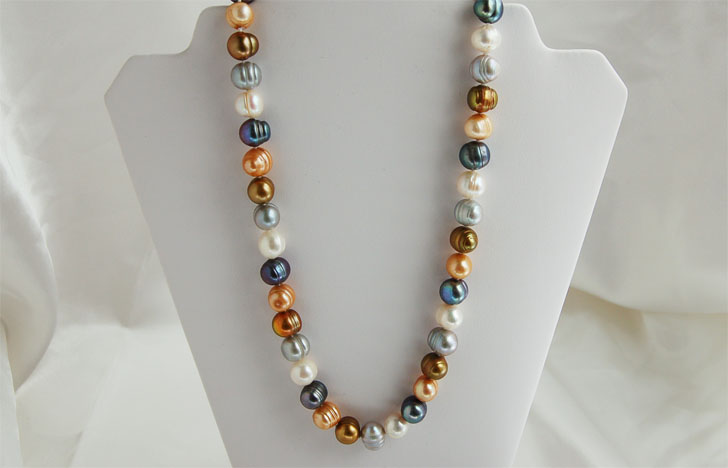 multi-color pearl necklace