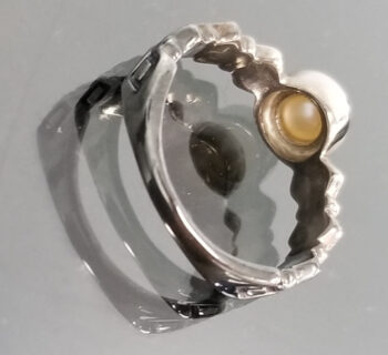 back of pearl and sterling silver ring