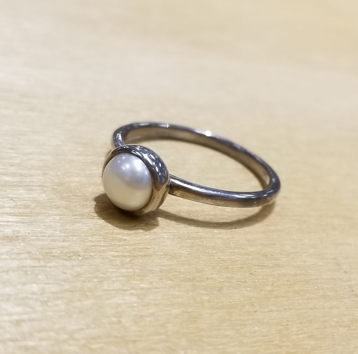 fresh water pearl and sterling silver size 8 ring