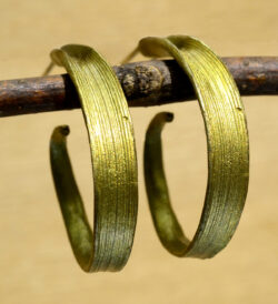 handmade Michael Michaud Rice leaf hoop earrings