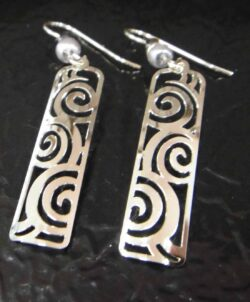Silvertone Adajio earrings with swirls