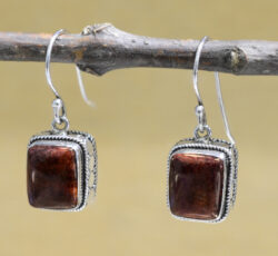 handmade burgundy rectangle spiny oyster shell earrings