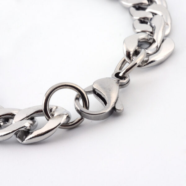 Lobster Claw Clasp on stainless steel curb style chain necklace