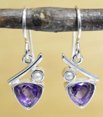 These triangle amethyst and white pearl earrings are handmade by Sonoma Art Works.