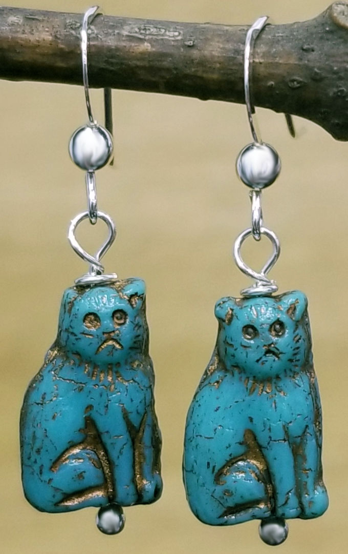 turquoise color Czech glass cat beaded earrings