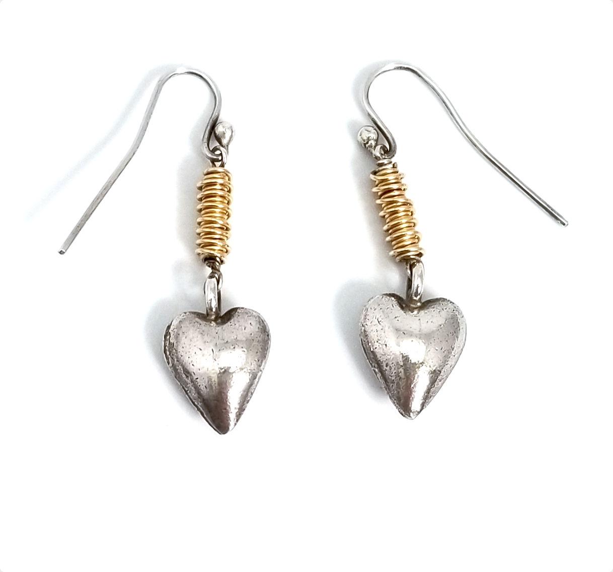 two tone dangle heart earrings