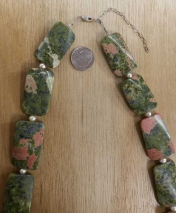 unakite necklace with pearl close-up of clasp